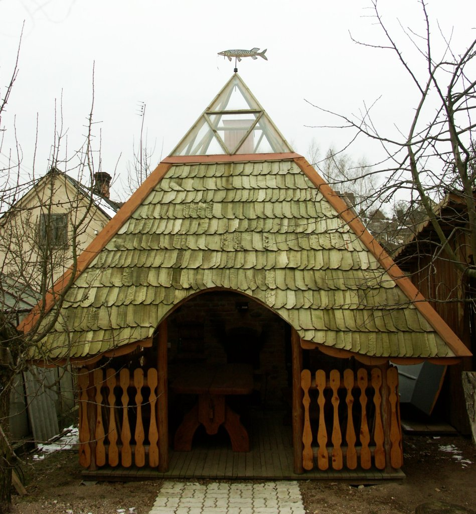 gintautas_mickus_pavesine_zvejo_svaja_h-5.2m_l-3.5x3.5m_egle_drebule_lietuva